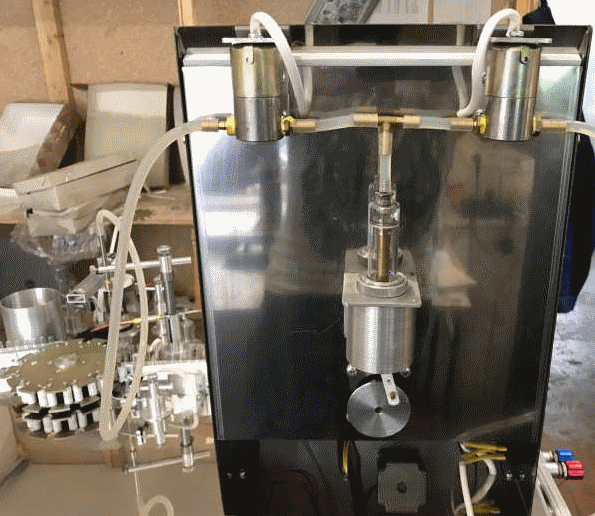 Piston dispenser machine